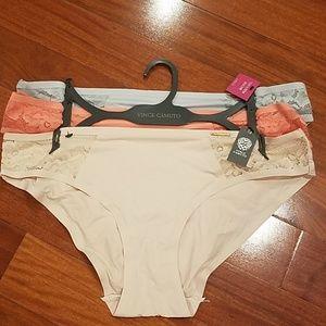 Nwt Vince camuto smooth bikini large bundle